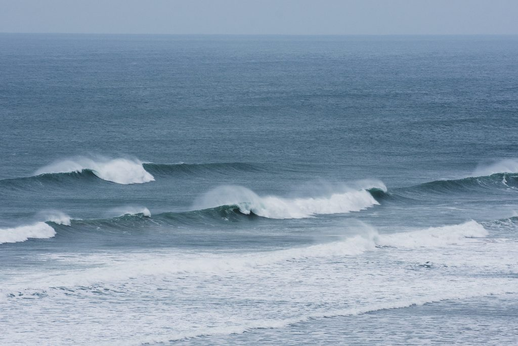 Sea / Waves