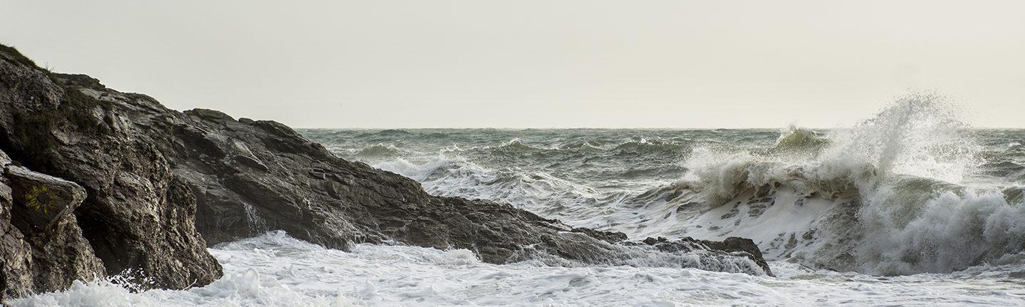 pentire beach waves