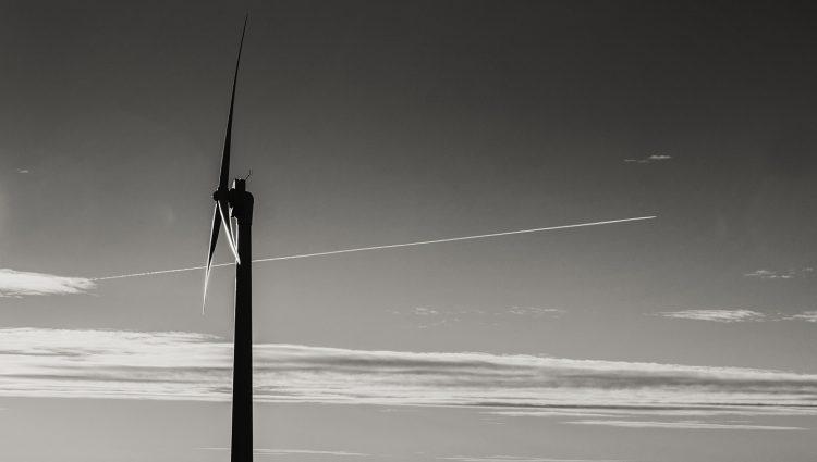 Black and White turbine